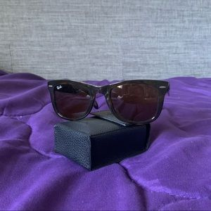 Ray-Ban Folding Wayfarers - Tortoise Shell